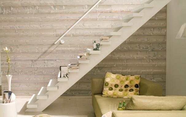Wandgestaltung mit Holz im Innenraum
